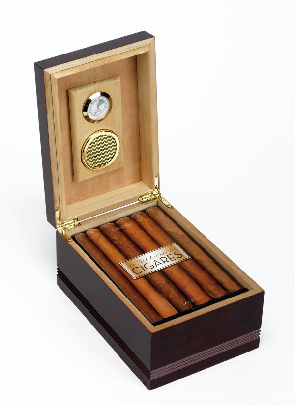 Coffret Le petit Larousse des cigares