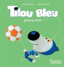 Tilou bleu joue au foot