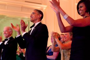 Barack et Michelle Obama : leurs deux livres paraîtront chez Fayard !
