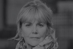 Kate Atkinson : living / no living