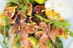 Figues, coppa et burrata ; notre recette de salade gourmande